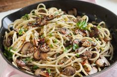 Recipe: Easy Mushroom and Garlic Spaghetti | Kitchn