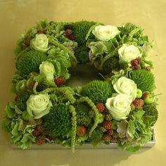 Late-summer and autumn blooming flowers in a square - Ikebana Arrangements, Beautiful Flower Arrangements, Floral Arrangements, Beautiful Flowers, Deco Floral, Arte Floral, Floral Design, Moss Decor, Flower Festival