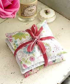 Sachês Perfumados para guarda roupas e gavetas - Faça você mesmo