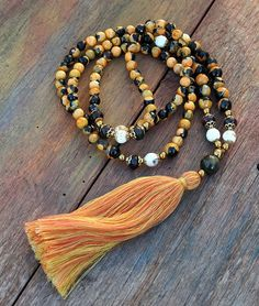 Beautiful faceted agate gemstone mala necklace by look4treasures