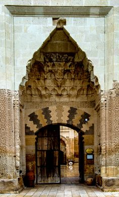 Entrance door to the Saruhan Caravanserai of Cappadocia, Turkey Arabesque, Indian Architecture, Silk Road, Entrance Doors, Asia, Dungeons And Dragons, Impressionism, Decor Styles, Persian