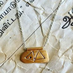 I'm keeping this one! But happy to make similar for you.  Visit www.amuletodesigns.com for more designs Arrow Necklace, Pendant Necklace, Contemporary Jewellery, Happy, How To Make, Handmade, Jewelry, Instagram, Design