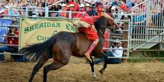 Indian relay race, Sheridan Wyo Rodeo Relay Races, First Nations, All Pictures, Racing, American Life, Horses, Native Americans, Wyoming, Rodeo