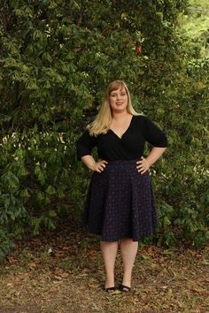 A Geometric Skirt & Faux-Wrap Top for Fall Made By Mary, Plus Size Sewing, Mood Fabrics, Cotton Skirt, Curvy, Casual Outfits, Cold Shoulder Dress, Fancy, Skirts
