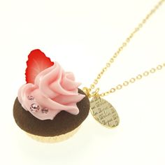 Very Berry CupCake Necklace