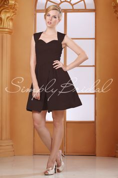 Silhouette: A-Line Neckline: Sweetheart Train: Fabric: Satin Back Closure: Back Zipper Body Shape: Hourglass, Pear, Rectangle Sleeves: Sleeveless Season: Spring, Summer, Fall Venue: Banquet, Garden, Beach