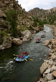 Family Float rafting trips in Buena Vista, Colorado are perfect for young families or timid rafters. Get you feet on this mild Colorado rafting trip. Rafting In Colorado, Colorado Rapids, Sports Nautiques, Whitewater Rafting, The Ranch, Oh The Places You'll Go, Arkansas, The Great Outdoors, Colorado Vacations