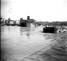 Isola Tiberina. La piena del Tevere del 1915.
