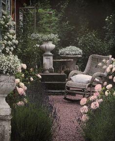 Seating in the cottage garden Small Gardens, Outdoor Gardens, Farm Gardens, Garden Cottage, My Secret Garden, Garden Spaces, Outdoor Rooms, Dream Garden, Garden Inspiration
