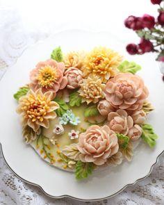 Repost atelier_ryeo    Bean paste flowers #대구플라워케이크 #대구앙금플라워 #대구앙금꽃배움반 #대구앙금플라워떡케이크  #플라워케이크 #flower #flowers #flowercake #작약 #beanpasteflower #atelierryeo #buttercreamflowercake #대구플라워케익 #캐논100d #글로벌플라워디자인협회 #버터크림플라워케이크 #앙금플라워떡케이크 #양귀비 #앙금레이스 #フラワーケーキ #花蛋糕 #대구앙금오브제 #아뜰리에려 #앙금도일리레이스 #buttercream #koreacake #koreaflowercake #버터크림케이크 #앙금오브제