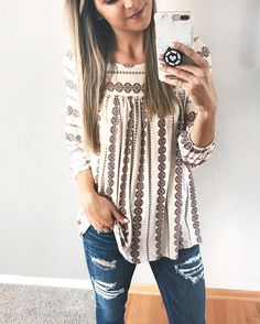 I love this blouse Fall Outfits, Casual Outfits, Early Spring Outfits, Girly Outfits, Summer Outfits, Over Boots, Fasion, Fashion Outfits, Womens Fashion