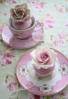so girly...tea party with my future daughter or cute baby shower theme