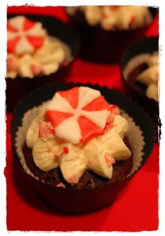 Teuflische Resident Evil Cupcakes | Rezepte rund ums Backen von Muffins, Cupcakes, Kuchen &Co. auf nachtbacken.wordpress.com