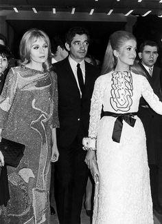 Catherine Deneuve, Jacques Demy and Françoise Dorléac attend the premiere of 'Les Demoiselles de Rochefort' (1967)