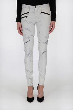 White jeans with a twist. Billie Zipper Skinny | Pretty Little Liars