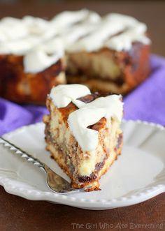 Cinnamon Roll Cheesecake - sounds amazing!!!