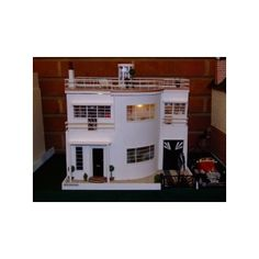 Gallery Art Deco miniatures 1930s Art Deco Dolls House 3 found on Polyvore