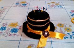 DIY Crafts : How to Make Hat Pins Cushion – Tutorial .