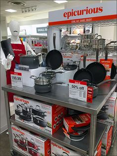 Pallet-Load Cookware By Tramontina®   Fixtures Close Up