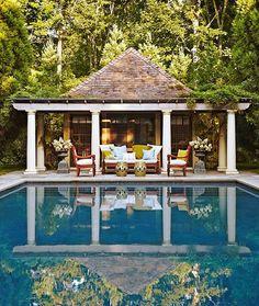 Jack-Fhillips-pool-house-via-Traditional-Home.jpg 470×556 pixels