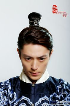 Wallace Huo (霍建华)Information Page - for International fans