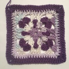 365 Granny Squares Project: Moonsquare.....