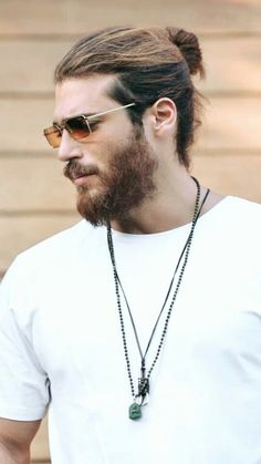 The handsome Mr. Can Yaman Turkish Men, Turkish Beauty, Turkish Actors, Beard Styles For Men, Beard Lover, How To Look Handsome, Stylish Boys, Gorgeous Men, Hairstyle