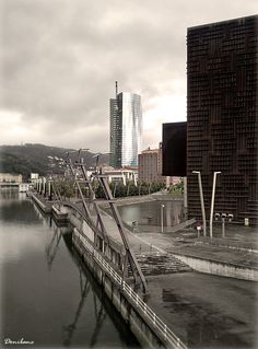 Basque Country, Bizkaia, Bilbao, Abandoibarra (by Donibane)