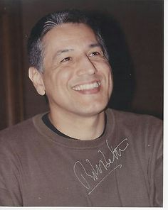 Autographed picture Kate Roberts, Robert Beltran, Cast Images, Kate Mulgrew, Star Trek Voyager, Twin Brothers, Love Stars, Eye Candy, Sci Fi