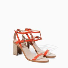 Image 2 of LEATHER SANDAL WITH WOODEN HEEL from Zara