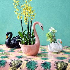 Planter Swan from Kitsch Kitchen Amsterdam | http://www.kitschkitchen.nl/en/