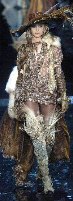 Jean Paul Gaultier Fall 2004 Couture