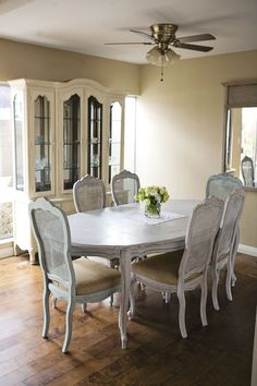 Annie Sloan dining room.  Dining table in Paris Grey and Duck Egg, Hutch in Old Ochre and Duck Egg.  Simple, clean, cute.