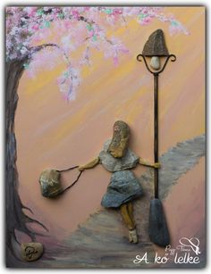#akőlelke #papptimi #taspano #pebbles #piedras #kavicsképek #pebbleart #stoneartist #pebbleartist #stoneart #kavicsművészet #pebblepictures #rockart #kavicsművész #pebblepictures #pebblepicture #pebblepics #pebble#stone #piedras #kamene #rocks #galets Stone Pictures Pebble Art, Stone Art, Stone Crafts, Rock Crafts, Pebble Painting, Stone Painting, Pebble Art Family, Rock Sculpture, Painted Rocks Craft