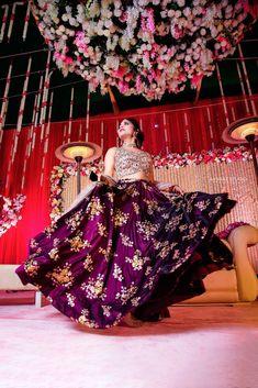 Bride in Amazing Saree Gown. More information on WeddingNet Outdoor Night Wedding, Wedding Stage, Wedding Night, Party Wear Lehenga, Bridal Lehenga, Saree Wedding, Saree Gown, Lehenga Choli, Black And Red Suit