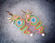 """Páči sa mi to: 12, komentáre: 1 – AnnaZukowska (@ladyzuq) na Instagrame: """"Aztec #soutachejewelry #soutache #earrings #customjewelry #handmadejewelry #aztec #summer"""""""