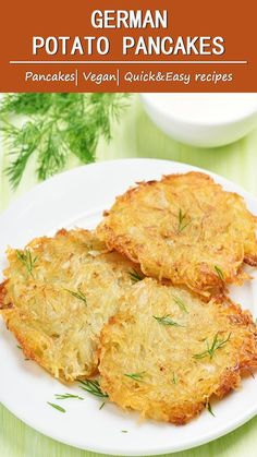 German Potato Pancakes Most of us already know potato pancakes from our childhood days. In almost every country, it's prepared differently. This recipe is very simple but german potato pancakes taste very good. Quick Recipes, Potato Recipes, Quick Easy Meals, Cooking Recipes, Healthy Recipes, German Food Recipes, Diet Recipes, Healthy Food, Vegetable Dishes
