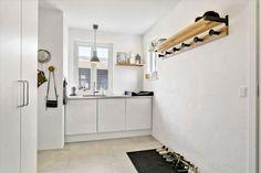 Post: La casa ideal para una familia de 4 --> aspirador central, blog decoración nórdica, calefacción por suelo radiante, casa danesa, casa ideal, casa nórdica, cocina nórdica, distribución abierta, estilo escandinavo,