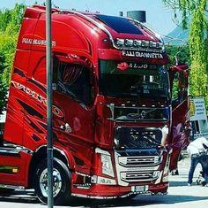 Volvo Cars, Volvo Trucks, Pickup Trucks, Truck Paint, Cab Over, Custom Trucks, Semi Trucks, Cars And Motorcycles, Military Vehicles