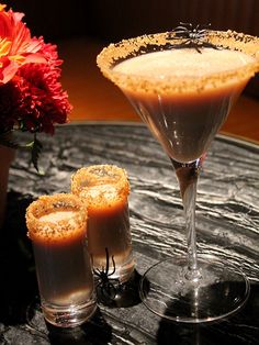 ½ cup sugar 1 cinnamon stick 1 tsp. powdered cinnamon ½ cup graham crackers, finely crushed 2 oz. vanilla vodka 1 oz. coffee-flavored rum .75 oz Irish cream