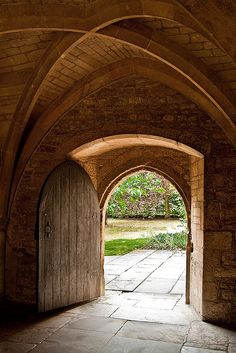 arched door- beautiful ceiling