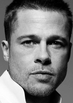 "William Bradley ""Brad"" Pitt (born December is an American actor, film producer, humanitarian. Brad Pitt, Famous Men, Famous Faces, Brad And Angelina, Actrices Hollywood, Celebrity Portraits, Joan Crawford, Black And White Portraits, Jennifer Aniston"