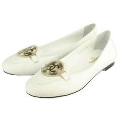 Look 2. White Ballerina Shoes.