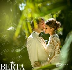 Another magical picture of this Berta bride by photographer Alain Martinez