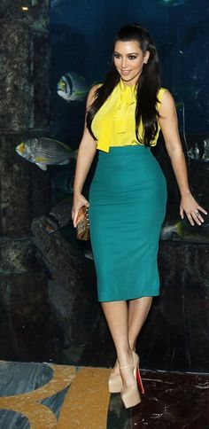 Kim Kardashian in pencil skirt