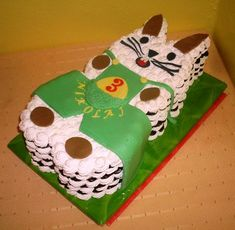 Penové torty | Tortyodmamy.sk Cake, Food, Author, Kuchen, Essen, Meals, Torte, Cookies, Yemek