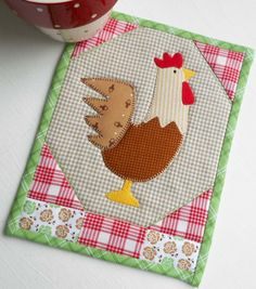 This country Rooster mug rug is heading straight for my workdesk.