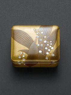 Japanese Design, Japanese Art, Taisho Period, East Asian Countries, Japanese Ceramics, Japanese Beauty, Incense, 18th Century, Bowls