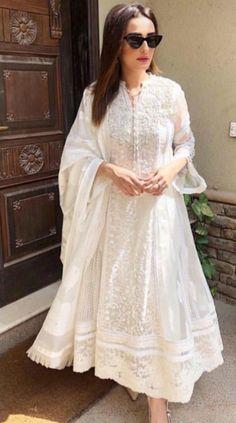 58 ideas indian bridal reception outfit anarkali suits for 2019 Indian Bridal Sarees, Indian Bridal Outfits, Indian Bridal Wear, Bridal Lehenga, Pakistani Dresses, Bridal Dresses, Lehenga Saree, Anarkali Suits, Punjabi Suits