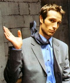 Michael Vartan - oh how i miss alias! He was the main reason I watched that show! ;)